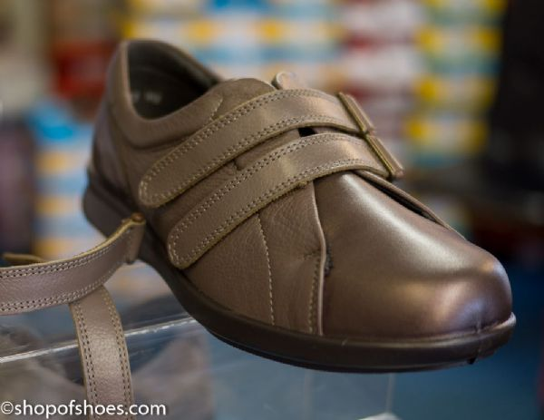 Mya Ladies soft very wide leather two strap velcro shoe